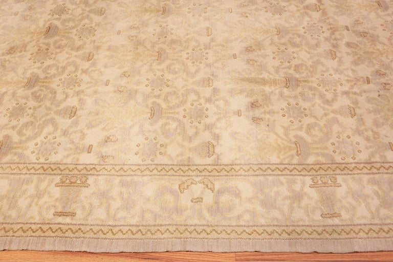 Hand-Knotted Decorative Room Size Antique Spanish Carpet. Size: 9 ft 3 in x 12 ft 3 in For Sale