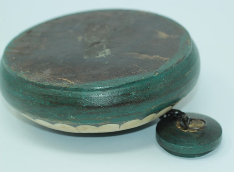 Inlay Decorative Round Opium Container Box Inlaid with White Bone and Brass For Sale