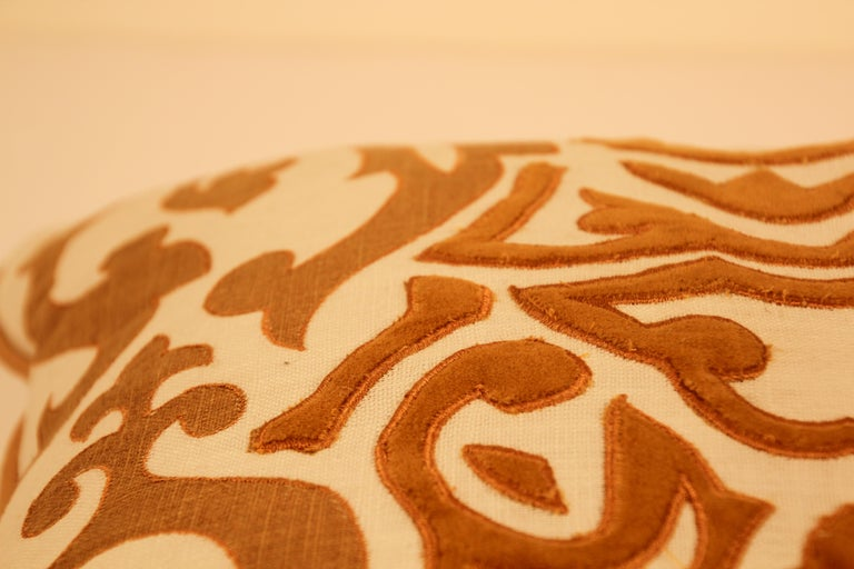 Decorative Silk Velvet Applique Throw Pillow In Good Condition For Sale In North Hollywood, CA