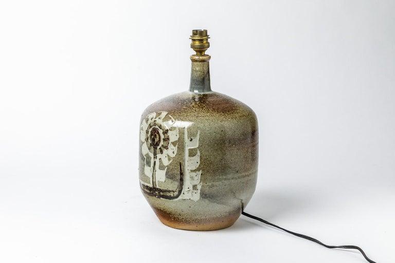 Decorative Stoneware Ceramic Lamp Designed by Pierre Digan in La Borne In Excellent Condition For Sale In Neuilly-en- sancerre, FR