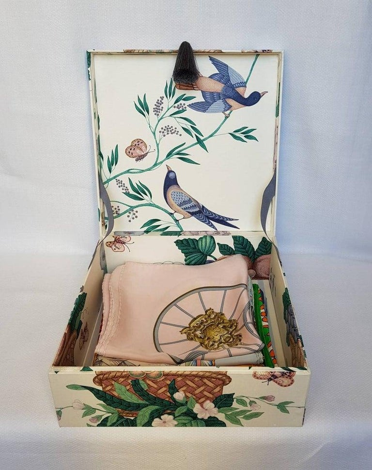 Decorative Storage Box for Scarves Schumacher Fabric Handmade in France For Sale 4