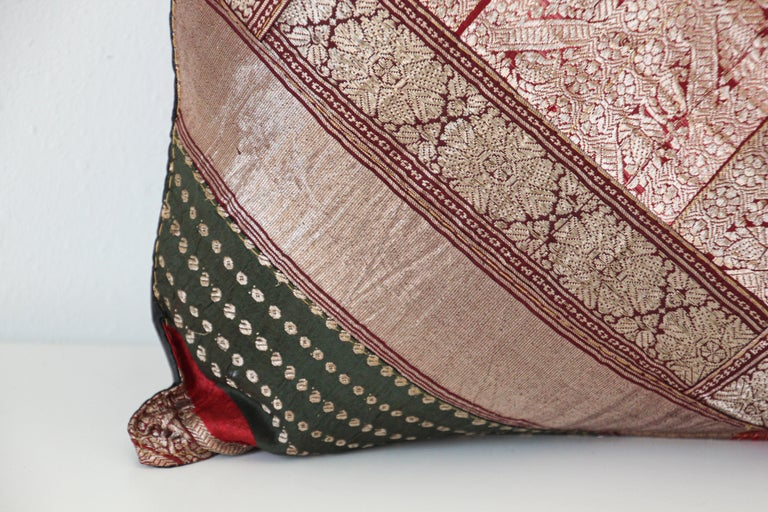 20th Century Decorative Vintage Throw Pillow Made from Sari Borders, India For Sale