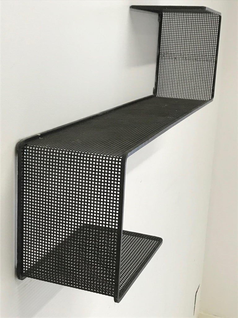 Dedal Wall Shelf by Mathieu Mategot, Perforated Steel, France, circa 1955 In Good Condition For Sale In Perpignan, FR