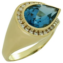 Deep Blue Tourmaline Diamond Yellow Gold Ring