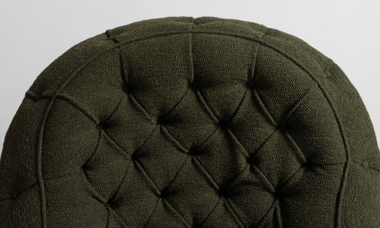 Deep Buttoned Armchairs, England, circa 1860 In Good Condition For Sale In Culver City, CA