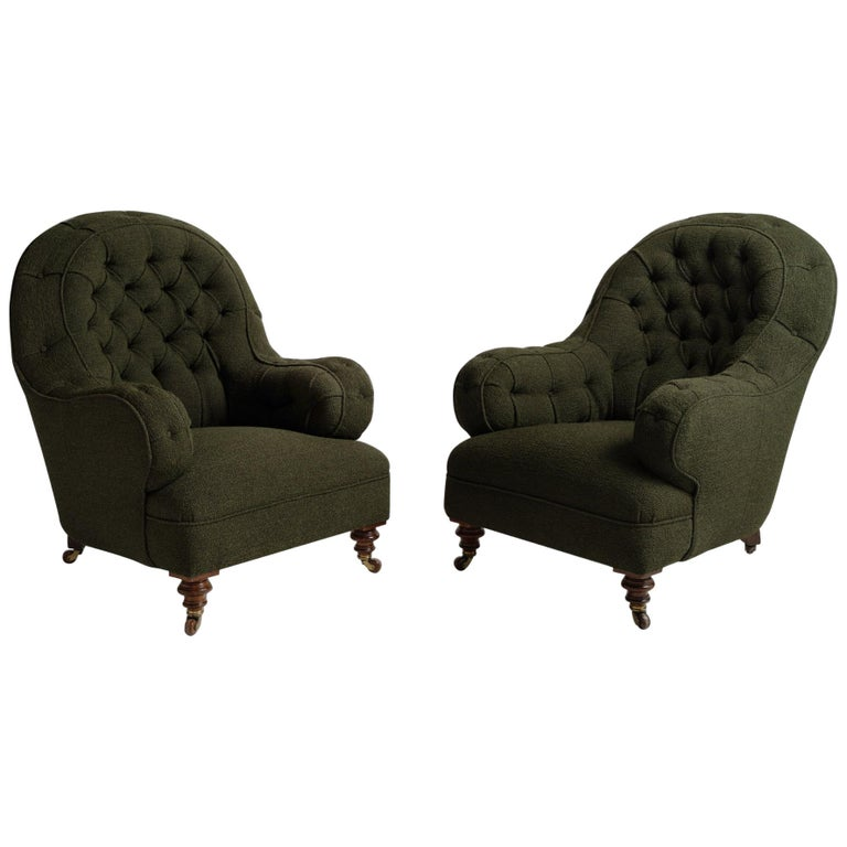 Deep Buttoned Armchairs, England, circa 1860 For Sale