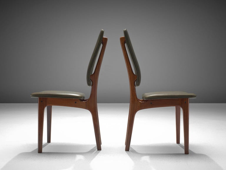 Deep Green Leather and Rosewood Set of Ten Chairs by Vestergaard Jensen In Excellent Condition For Sale In Waalwijk, NL