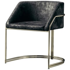 Déjà Vu Chair in Wild Leather and Polished Brass Metal
