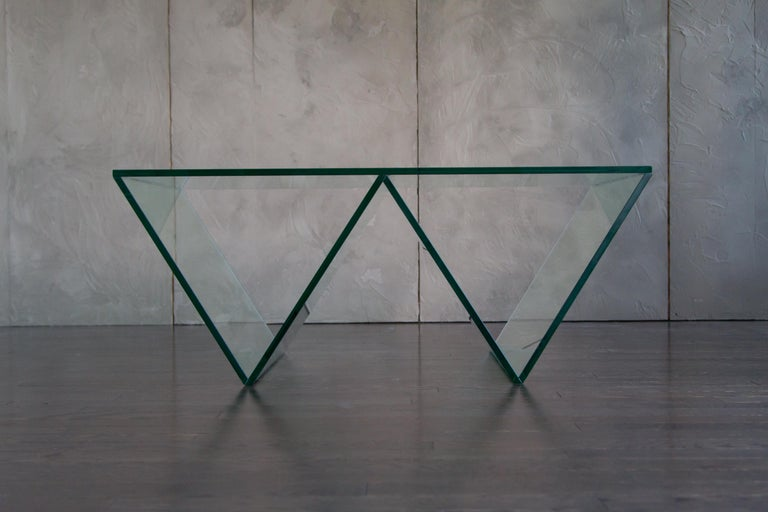 Del Mar Side or End Table in Smoked Grey Glass by Mtharu In New Condition For Sale In Calgary, Alberta