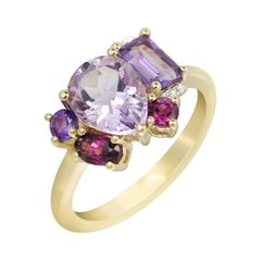 Delicate Precious Diamond Garnet Amethyst Fabulous Yellow Gold Three-Stone Ring