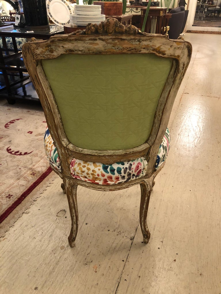 Delightful Updated Set of 4 Louis XVI French Painted Wood Dining Chairs For Sale 6