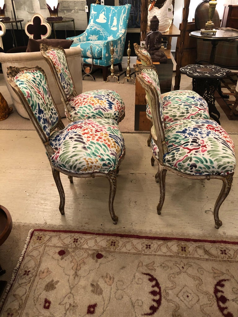 Delightful Updated Set of 4 Louis XVI French Painted Wood Dining Chairs In Good Condition For Sale In Hopewell, NJ