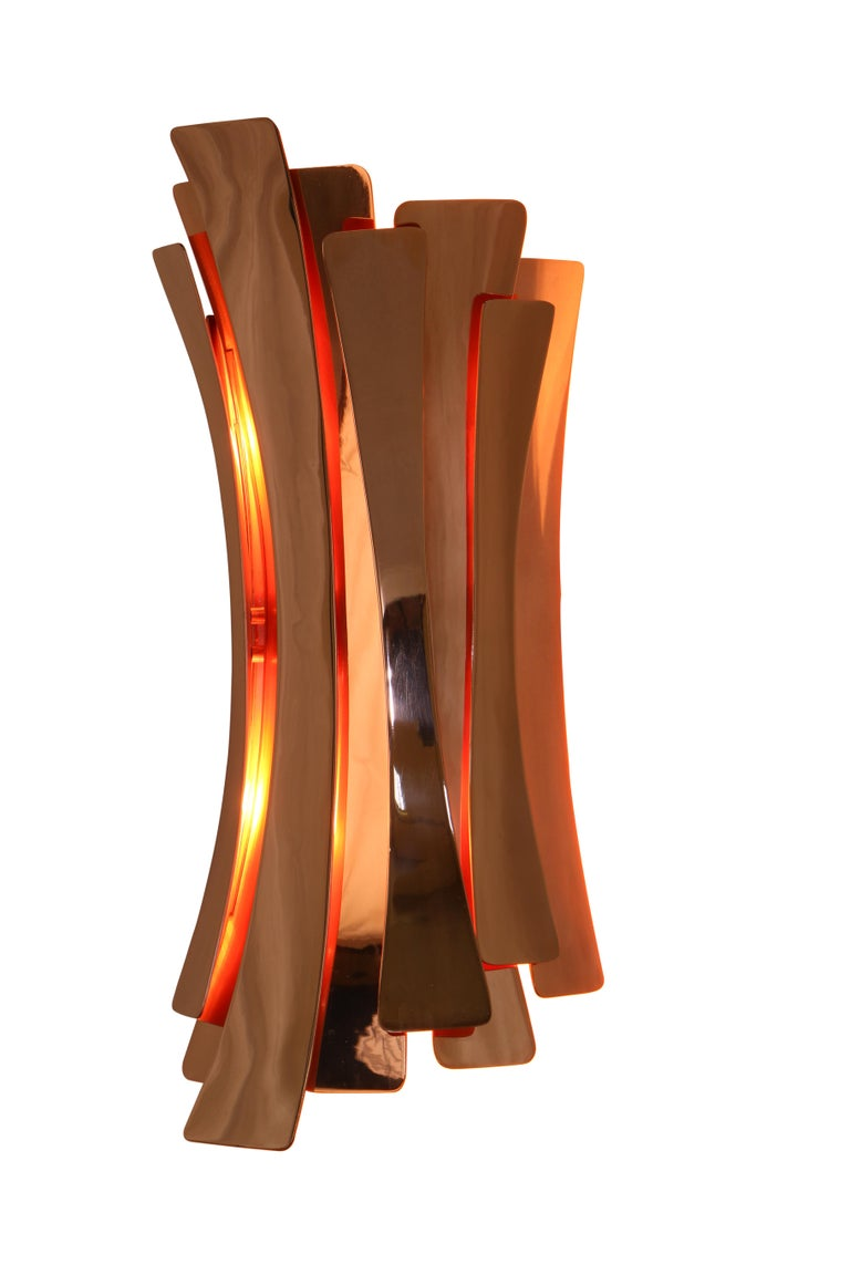 Mid-Century Modern Etta Wall Light in Brass with Copper-Plated Finish For Sale