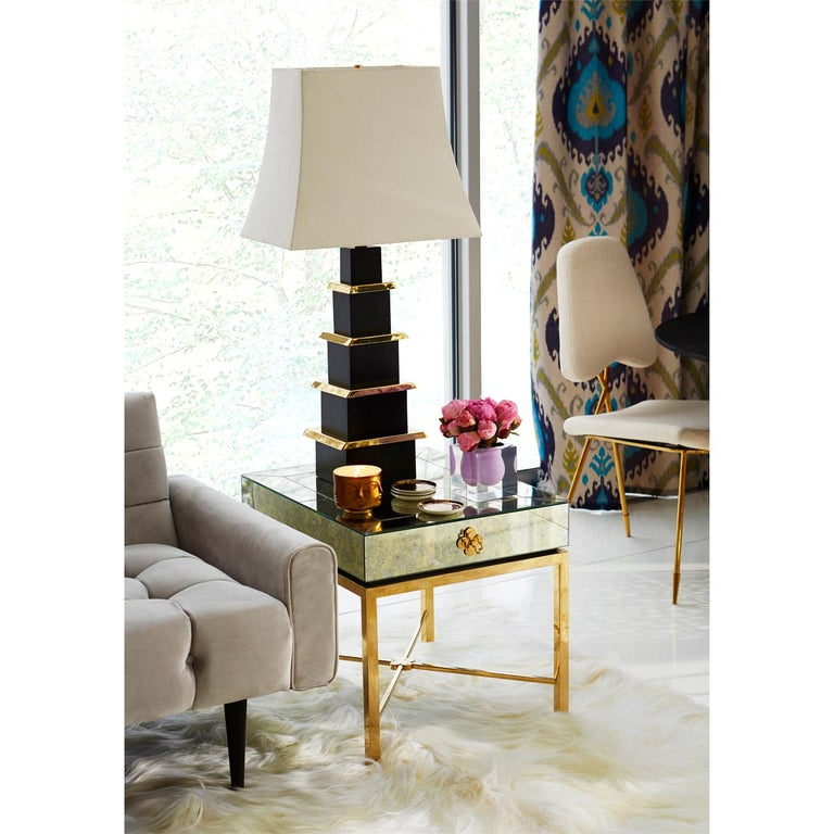 Polished Delphine Mirrored Side Table For Sale