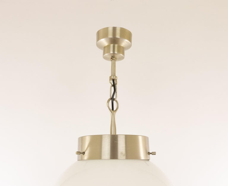 Delta Glass and Nickel Pendant by Sergio Mazza for Artemide, 1960s In Good Condition For Sale In Rotterdam, NL