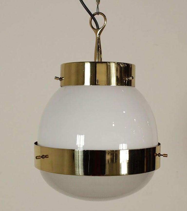 Delta Grande Pendant Light Glass Brass by Sergio Mazza for Artemide, 1960s, Pair For Sale 5