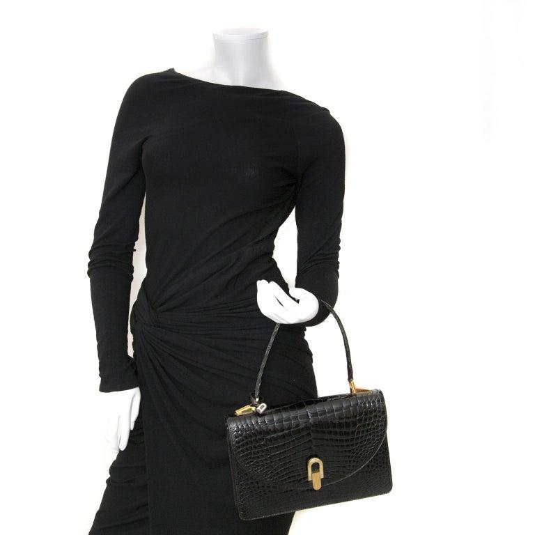 Delvaux Black Croco Handbag In Good Condition For Sale In Antwerp, BE