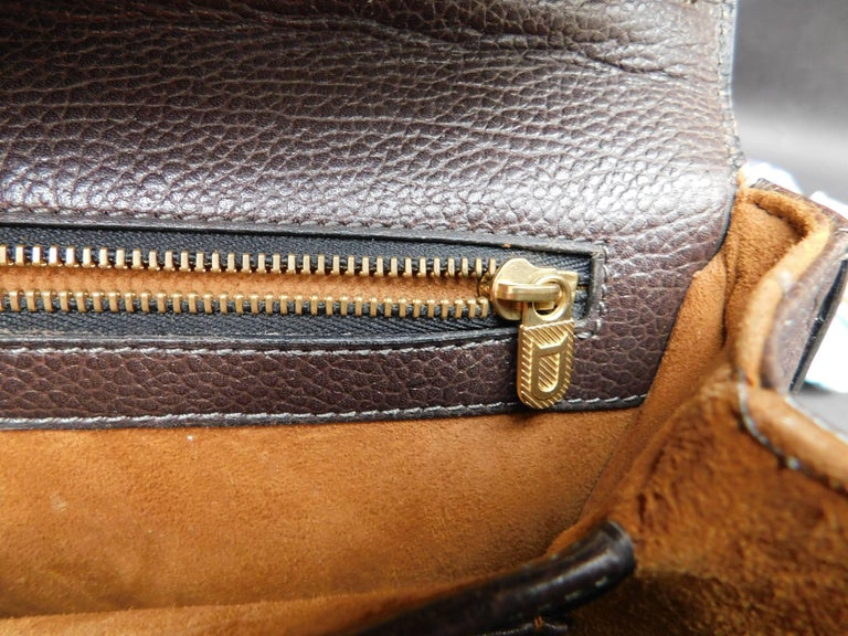 Delvaux Brown Leather Crossbody Handbag  In Good Condition For Sale In Antwerp, BE