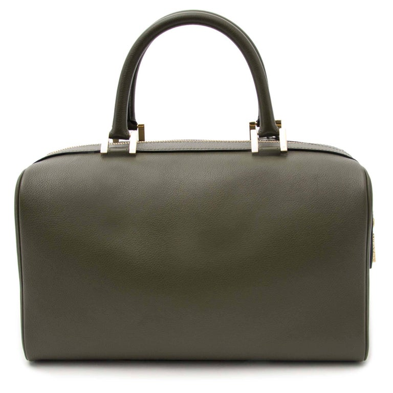 Excellent condition  Estimated Retail Price: €2400  Delvaux Louise Boston Allure Olive Green  This beautful and elegant handbag by Delvaux is a must-have in Spring and Summer. This gorgeous work of art is made out of 100% leather and the top zipper