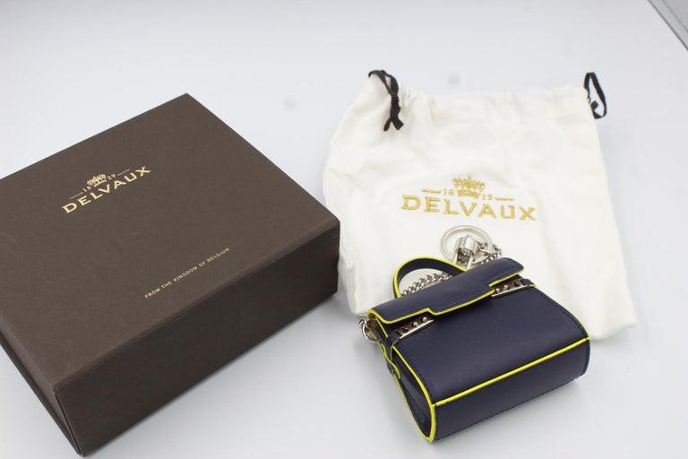 Delvaux Mini Tempete Leather Charm / Keyring In Excellent Condition For Sale In Paris, FR