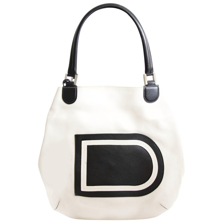 c107a95f6 Delvaux White Louise Shoulder Bag For Sale at 1stdibs