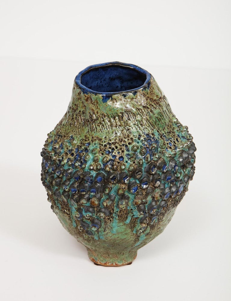 Dena Zemsky Studio-Made, Bulbous Form Vase In Excellent Condition For Sale In New York, NY