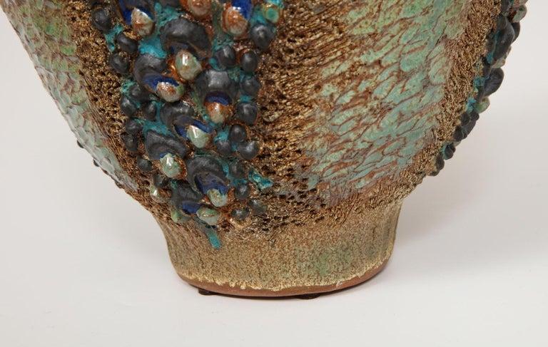 Dena Zemsky Studio-Made Ceramic Vase In Excellent Condition For Sale In New York, NY