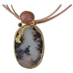 Dendrite Agate Moonstone Diamond 22k-21 Karat 18k Gold Pendant Chocker Necklace