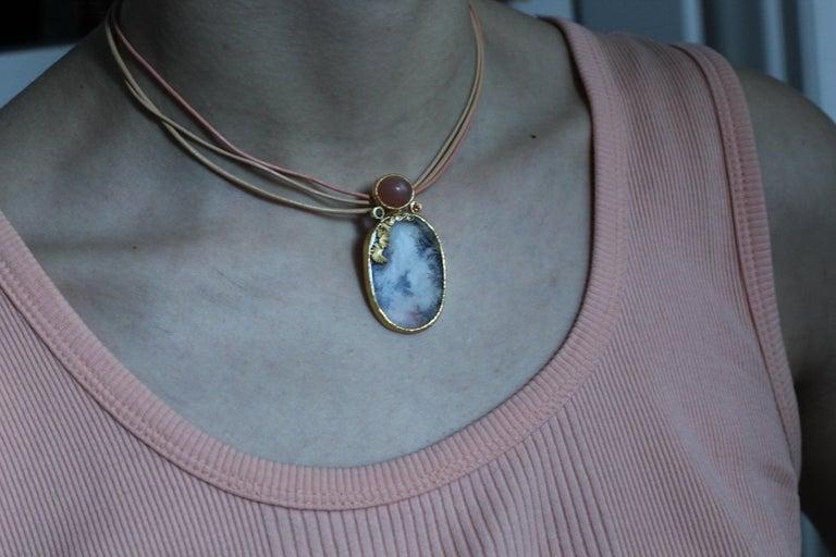 Dendrite Agate Moonstone Diamond 22K-21 Karat 18K Gold Pendant Choker Necklace For Sale 10