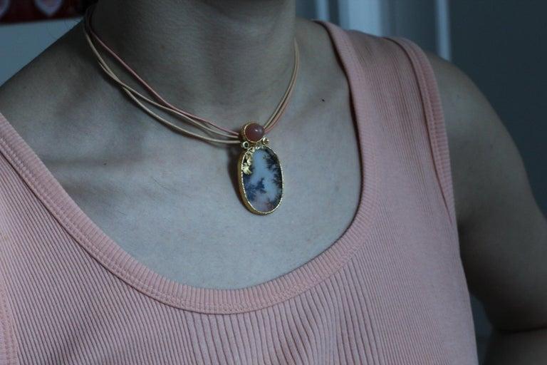 Dendrite Agate Moonstone Diamond 22K-21 Karat 18K Gold Pendant Choker Necklace For Sale 9