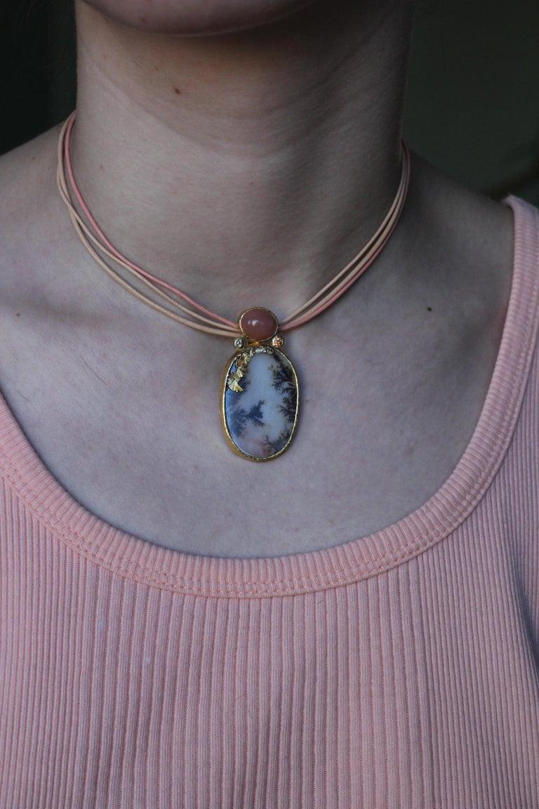 Dendrite Agate Moonstone Diamond 22K-21 Karat 18K Gold Pendant Choker Necklace For Sale 8