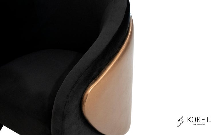 Denise Chair in Smooth Velvet and Metal Bronze Leather In New Condition For Sale In New York, NY