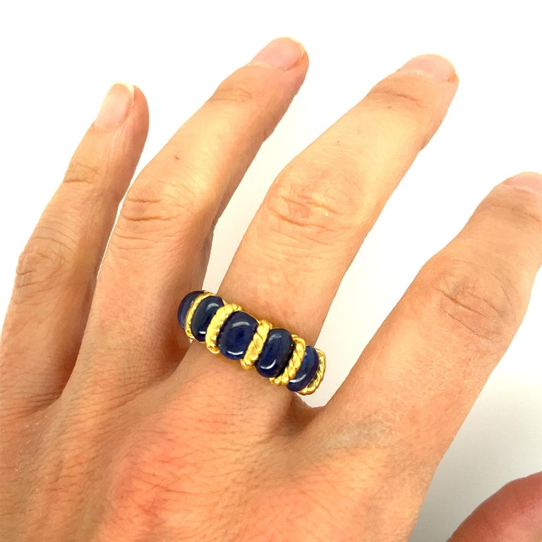 Oval Cut  22 Karat Gold Natural Blue Oval Sapphire Ring For Sale