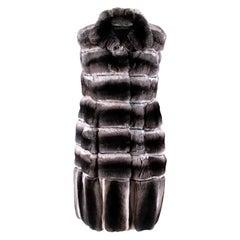 Dennis Basso Natural Chinchilla Fur Gilet - Size US 2
