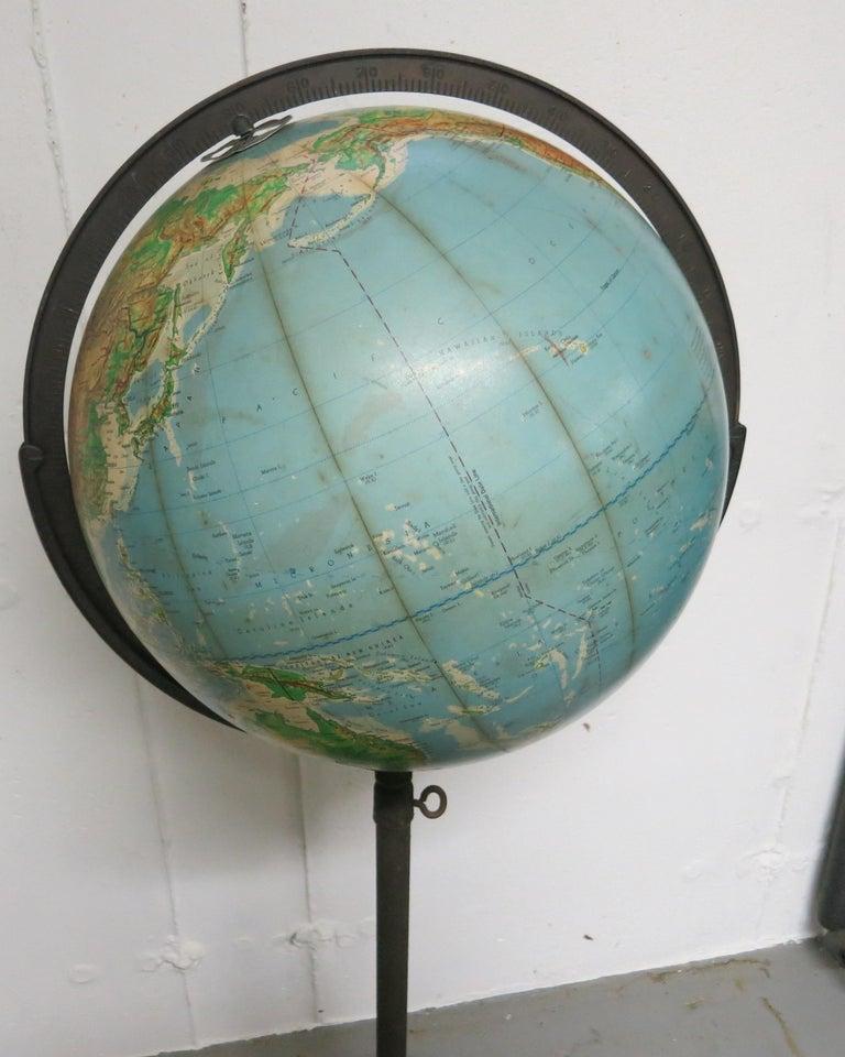 Denoyer-Geppert Floor Globe Midcentury In Good Condition For Sale In Newtown, CT
