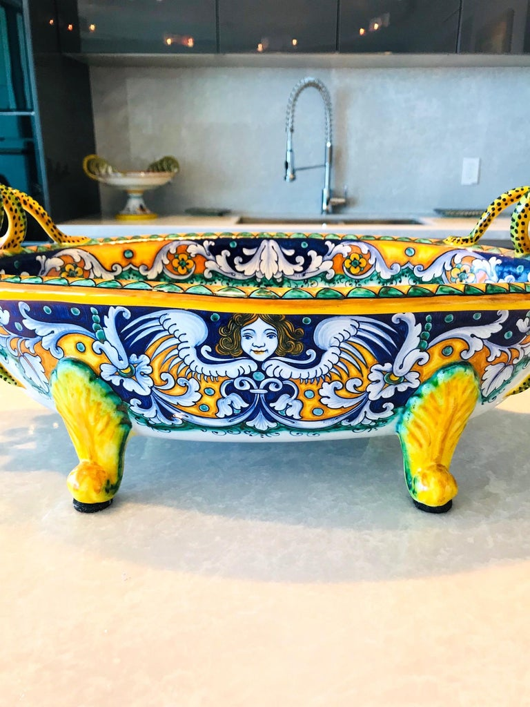 Italian Deruta Hand Painted Majolica Centerpiece Bowl with Serpentines, 1980s For Sale