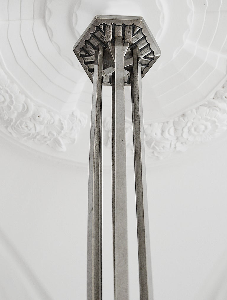 Frosted Des Hanots Large French Art Deco Chandelier, 1920s For Sale