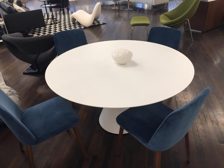 Desalto White Round Clay Table For Sale 3