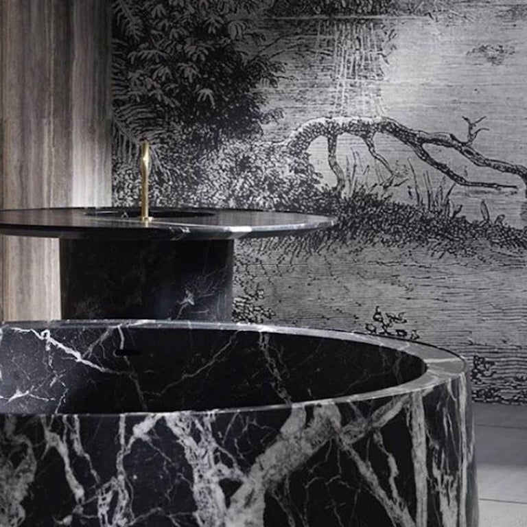 Desco Circle Bathtub Made of Marble Customizable In New Condition For Sale In Beverly Hills, CA