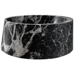 Desco Circle Bathtub Made of Marble Customizable