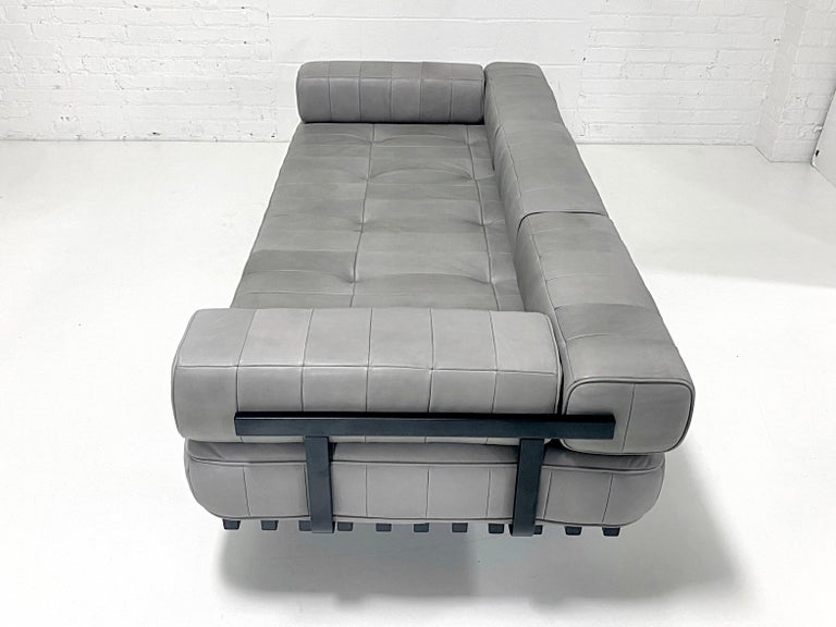 Mid-Century Modern DeSede DS 80 Leather Daybed Sofa For Sale