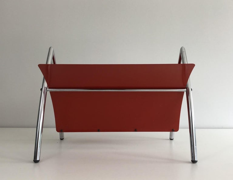 Design Red Lacquered Metal and Chrome Magazine Rack, circa 1970 For Sale 4