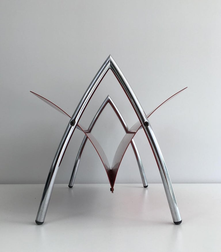 Design Red Lacquered Metal and Chrome Magazine Rack, circa 1970 For Sale 5