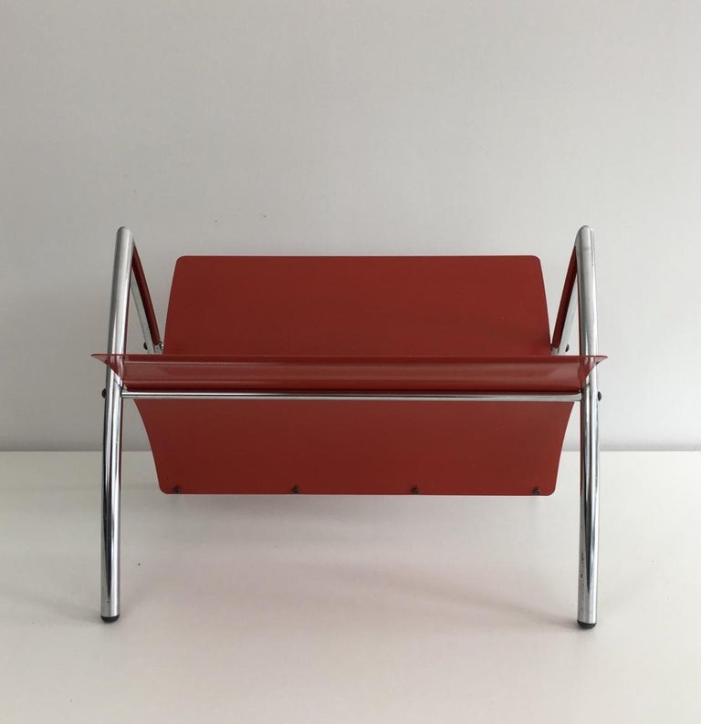 Design Red Lacquered Metal and Chrome Magazine Rack, circa 1970 For Sale 6