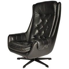 Design Scandinavian Leather Armchair / Lounge Chair by Peem, 1970s