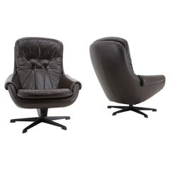 Design Scandinavian Leather Armchairs / Lounge Chairs by PEEM, 1970s