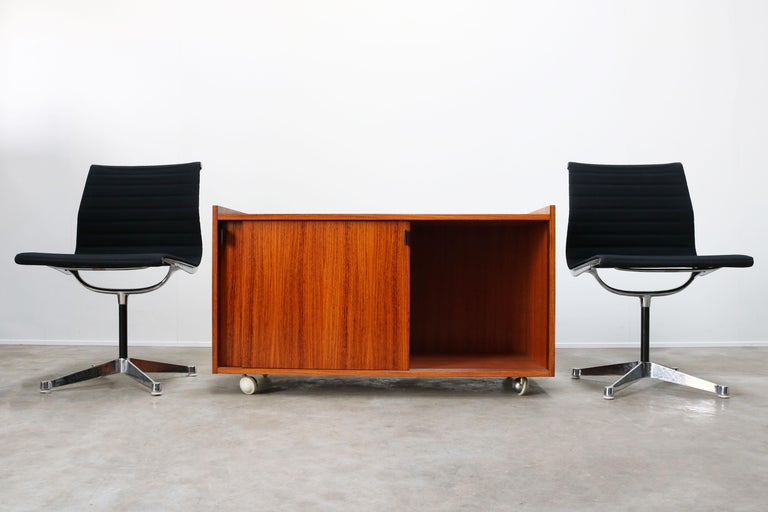 Design Sideboard / Cabinet by Florence Knoll for De Coene Leather Rosewood 1960 For Sale 1