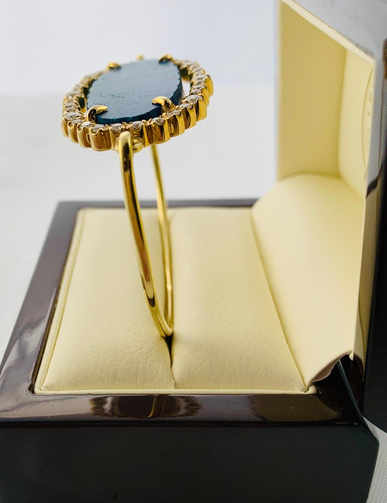 Women's Designer 18 Karat Yellow Gold Diamond and Azurite Bangle Bracelet For Sale