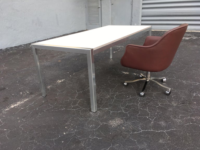 Designer Aluminum Dining Table or Desk, Great Quality, 1970s For Sale 5