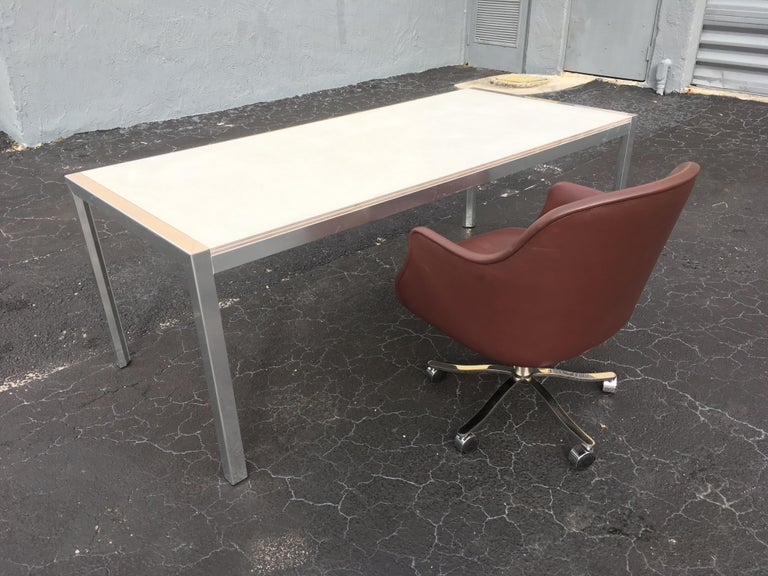Designer Aluminum Dining Table or Desk, Great Quality, 1970s For Sale 4